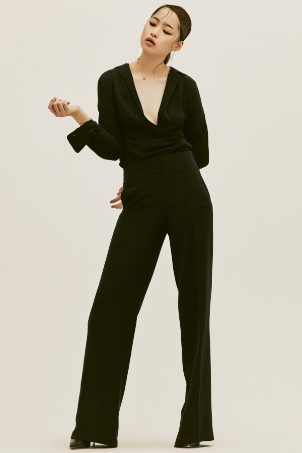 BLACK SILK STITCH WIDE PANTS