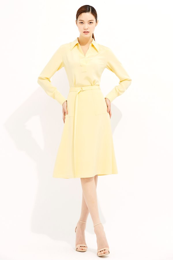 YELLOW PATCH POCKET A LINE SILK SKIRT