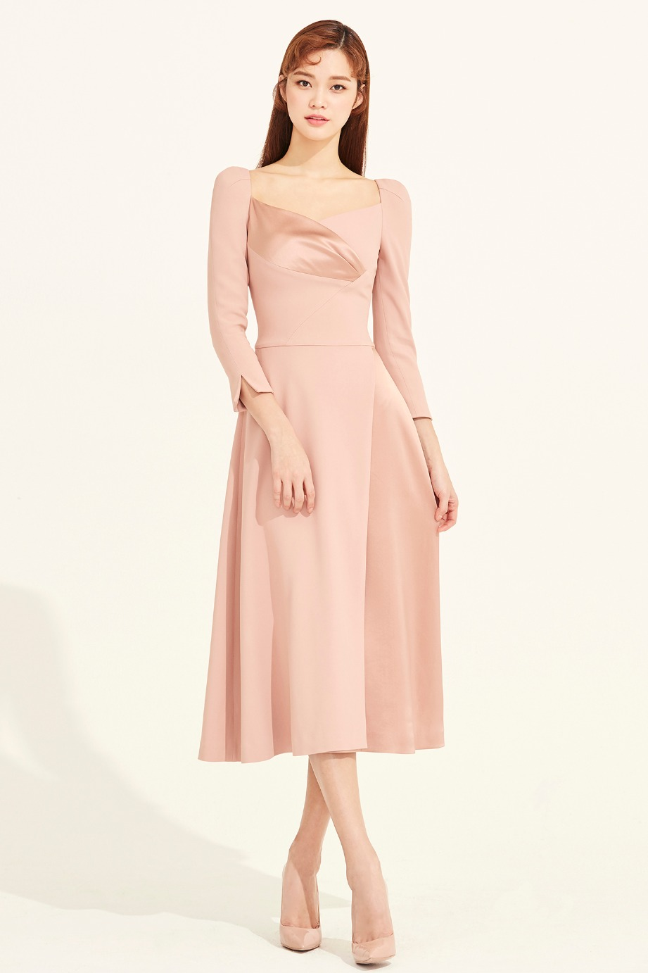 HEART NECKLINE SATIN CREPE FLARE DRESS