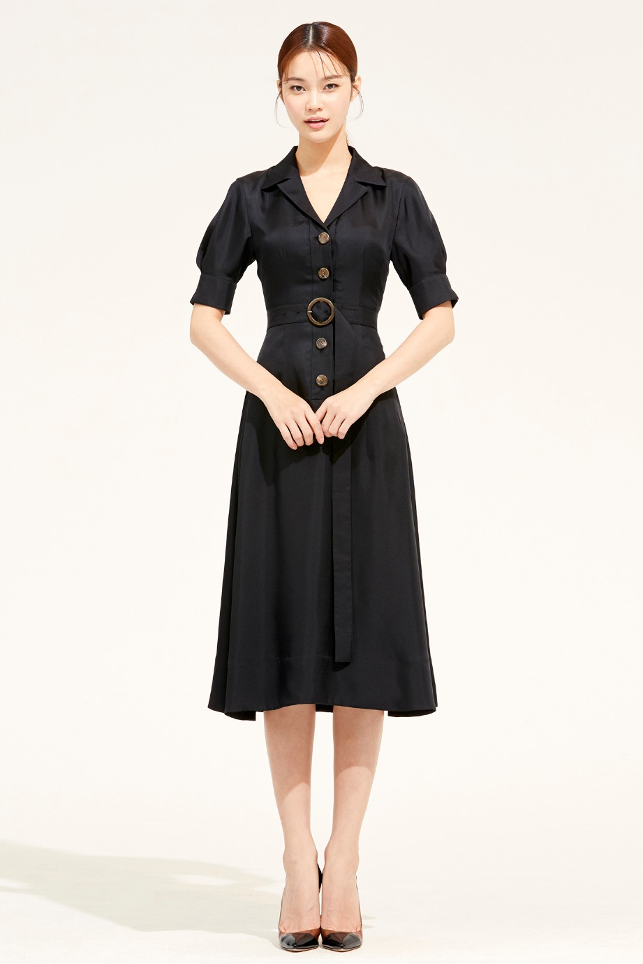 OPEN COLLAR FLARE SILK DRESS
