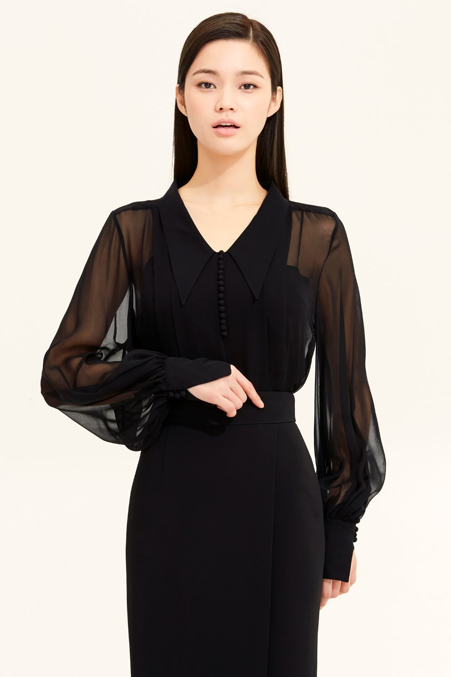 PLEATS CHIFFON BLOUSE