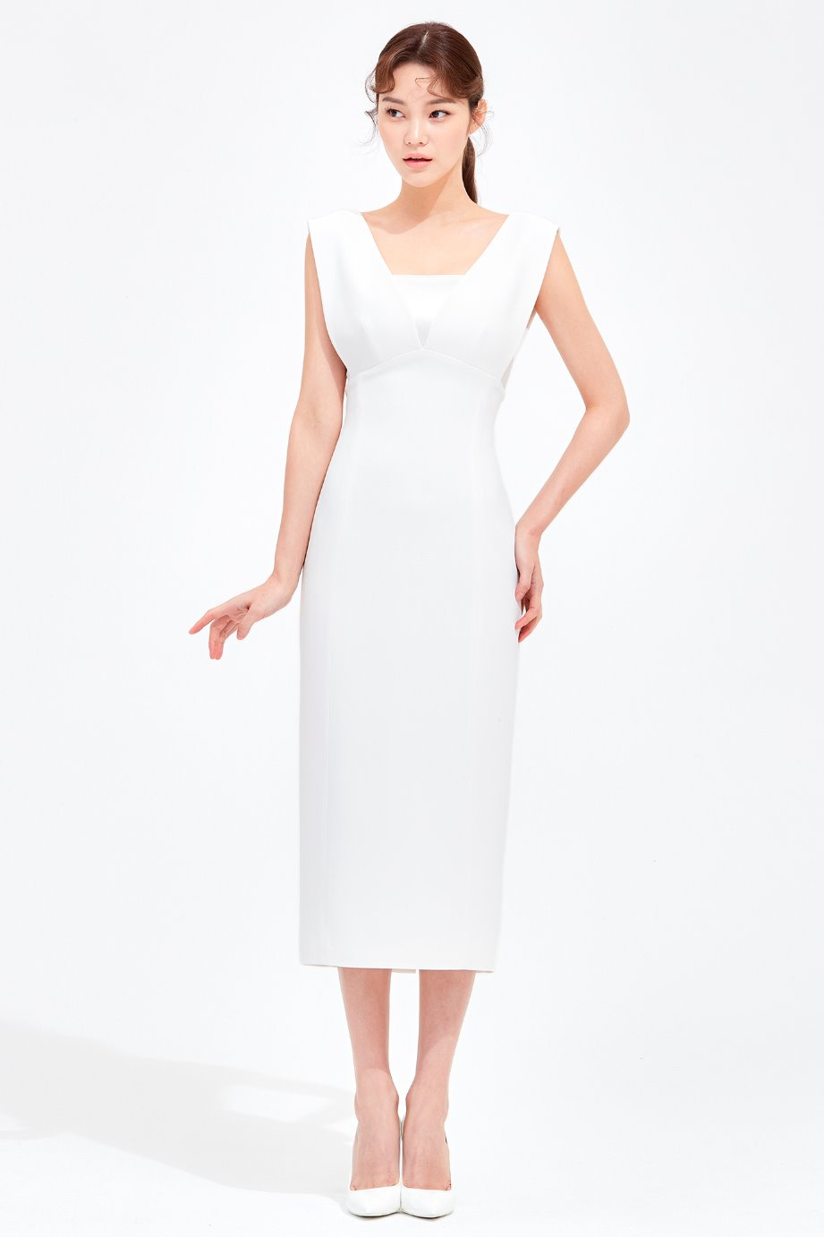 DEEP V NECKLINE CREPE DRESS
